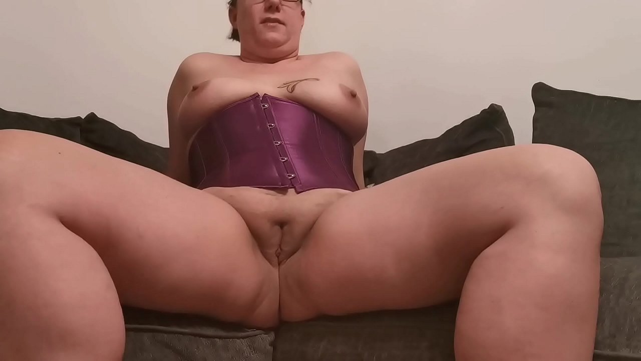Naked amateur pussy