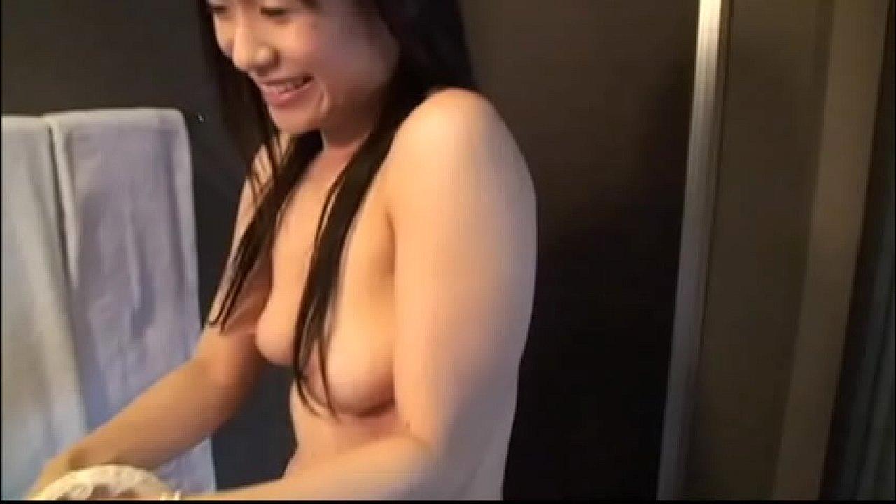 Süßer japanischer Amateur Student
