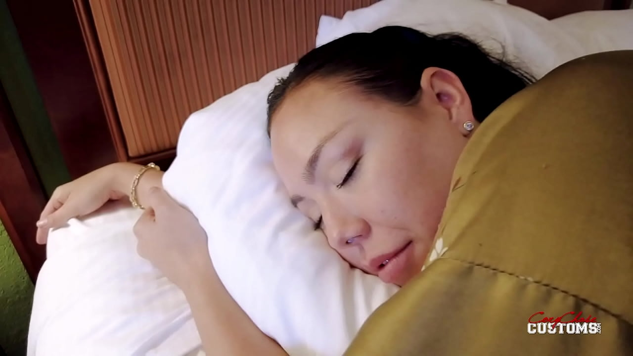Mom has hot sleeping porn Tired Mommy Touched In Bed Kitten Latenight Xnxx Com