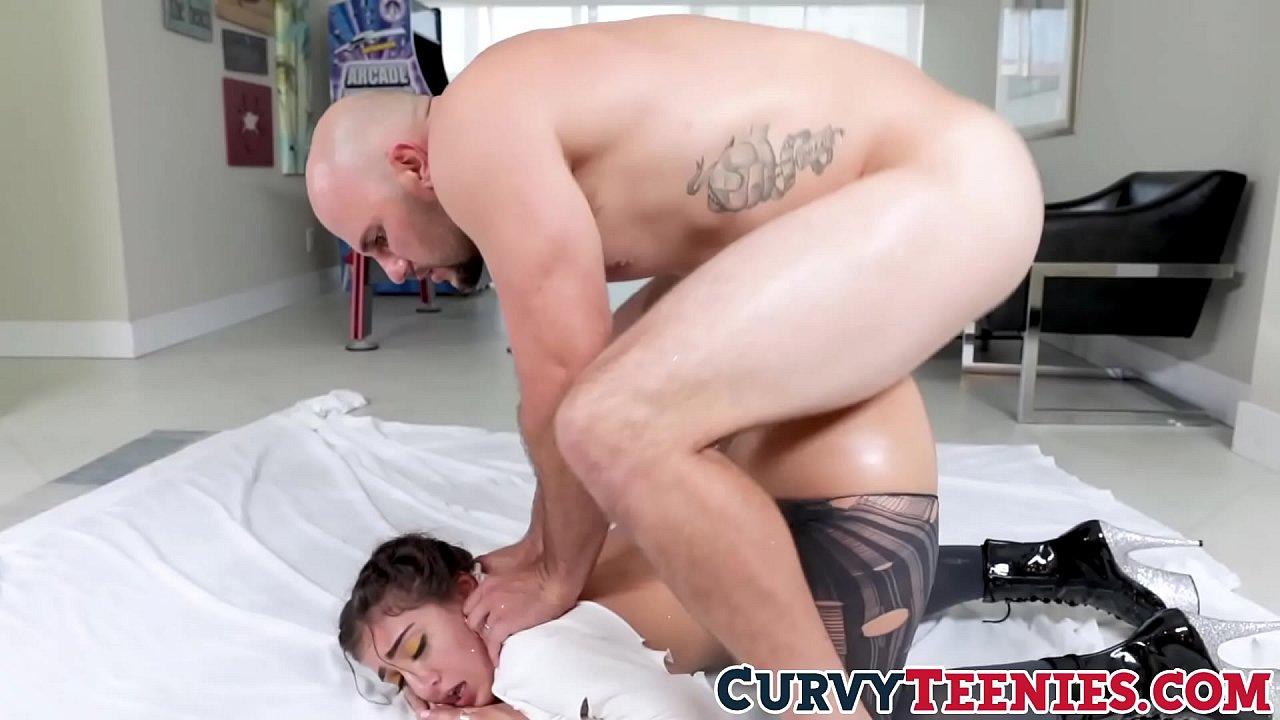 Big Ass Teen Gets Fucked