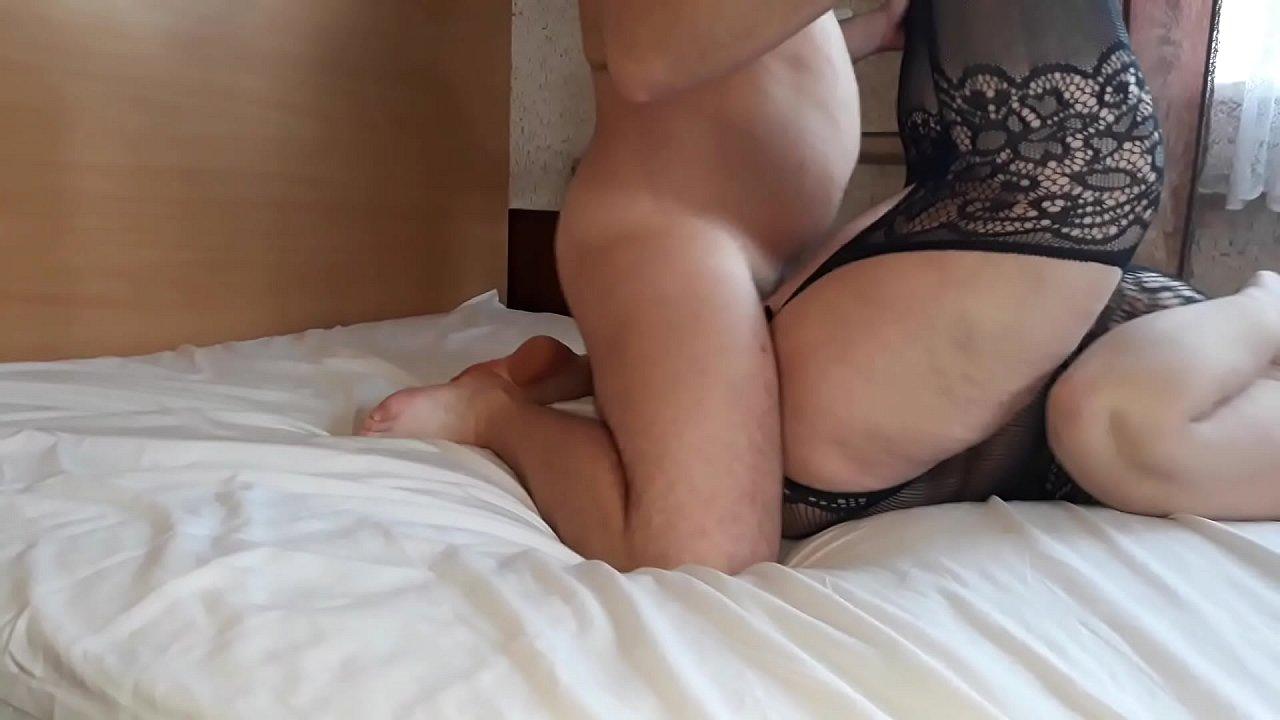 Hot Horny Stepmom Creampie