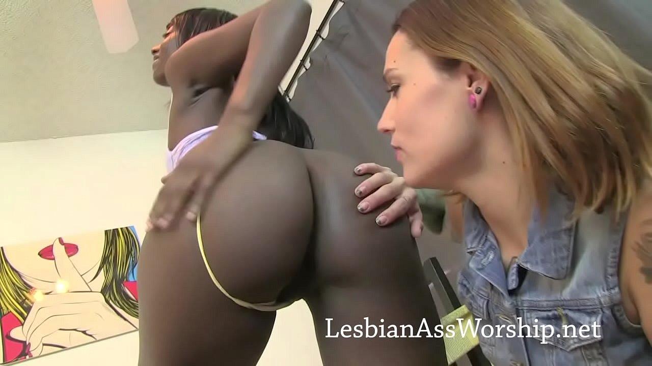 White Lesbian Ass Licking