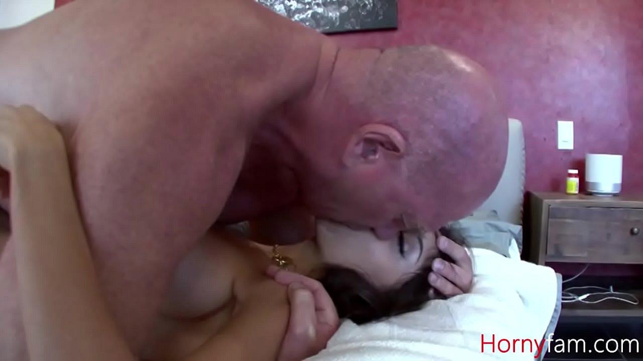 Dad Fucks Sexy Daughter