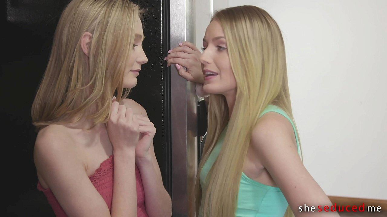 Cougar Teaches Teen Lesbian