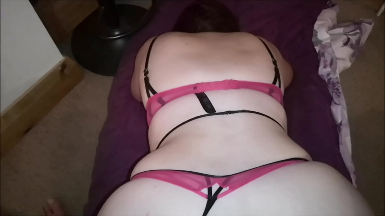 Big White Booty Twerking Dick