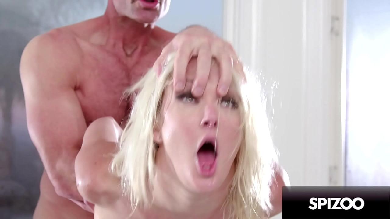 Blonde Tranny Fucks Guy