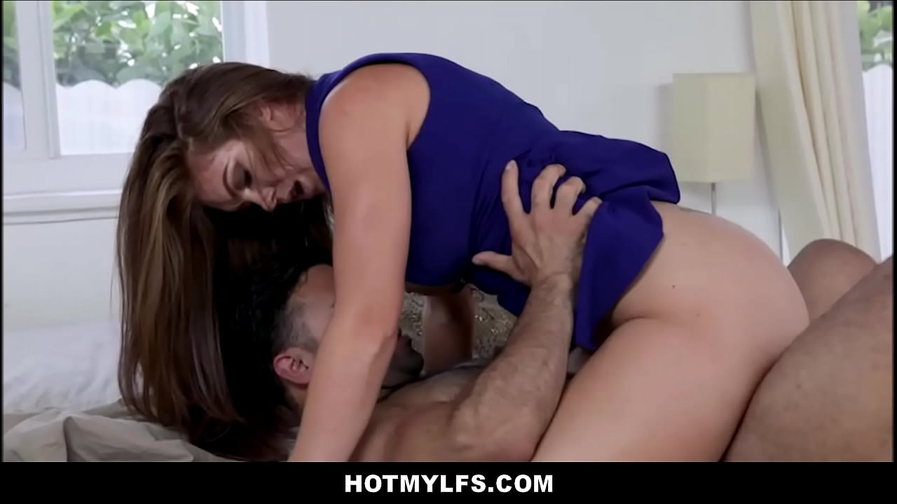 Sexy Big Tit Cheating Milf