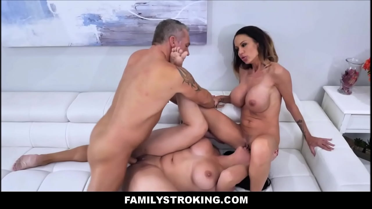 Hot Latina Milf Threesome