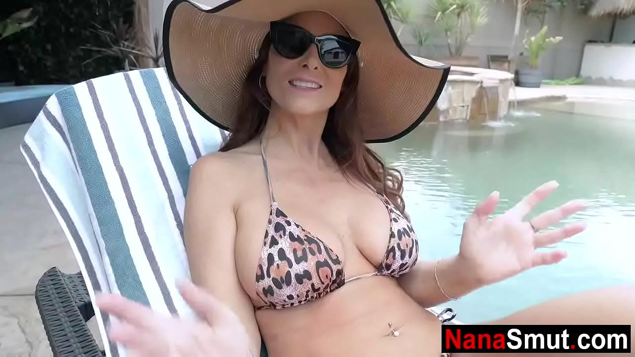 Granny big boobs video Grandson Puts Sunscreen On Step Granny S Big Boobs Nonton Video Bokep Gratis Porn Hd