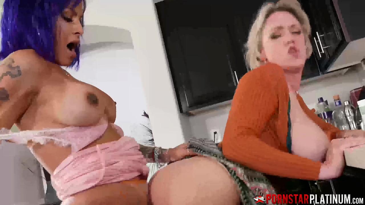 Xnxx trans Shemale Porn: