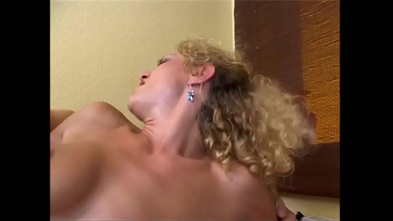 Bea dumas anal