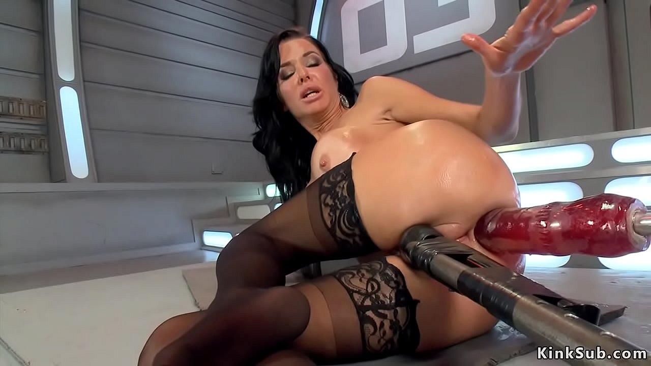 Latina Anal Dildo Machine
