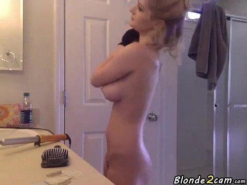 Hot Blonde Teen Showing Her Perfect Tits Xnxx Com