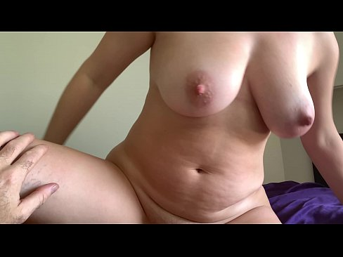 All Natural Milf Takes A Load Of Cum In Her Pussy In The Morning