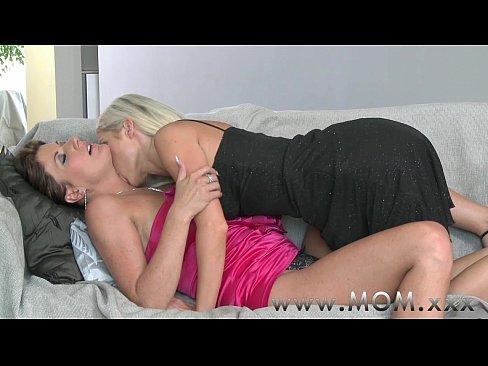 Virgin Lesbian Eating Pussy