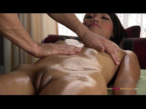Xnxxx massage kön