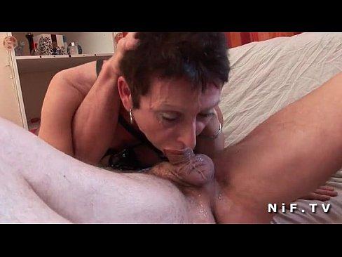 Grandma deepthroat porn