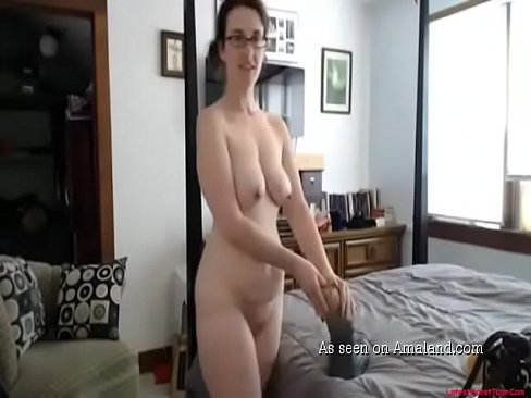 Amateur Mom Alone Masturbating