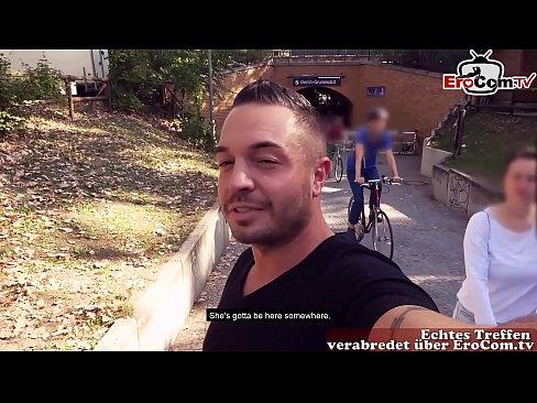 Deutsche akademikerin teen macht Sexdate über EroCom Date in Public und ohne gummi