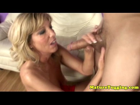 Hot Chick Takes Huge Cock