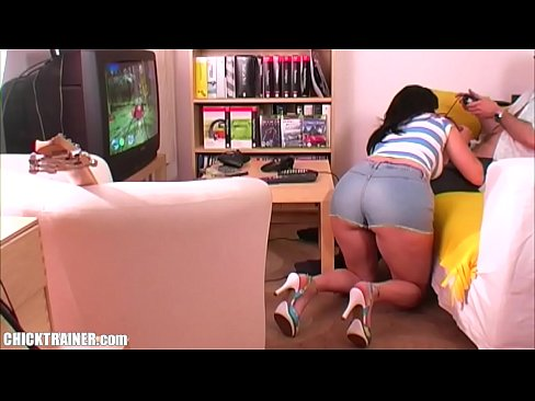 Barebackcumpigs chubby watching panties
