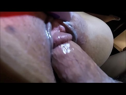 Fuck Up Squirt Pussy Close GRIPPING PUSSY