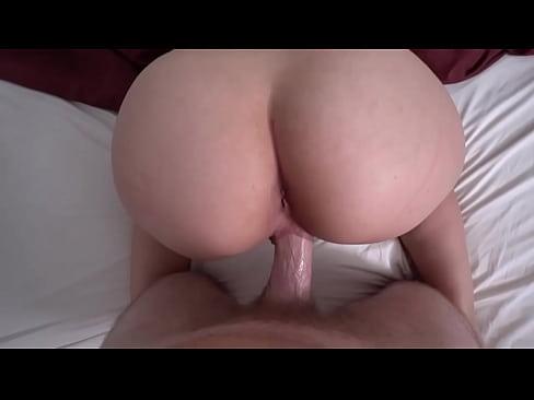 girls first cum swallow
