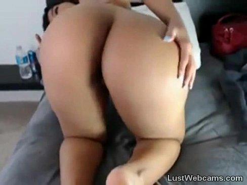 Hot Latina Toys Her Ass
