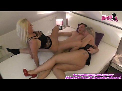 Deutscher Dreier mit zwei willigen Lust Schlampen im Hotel