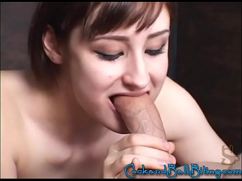 Cuming on her pussy xxx