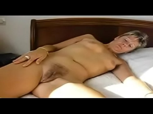 Amateur Close Up Mature French Striptease Housewife Xnxx Com