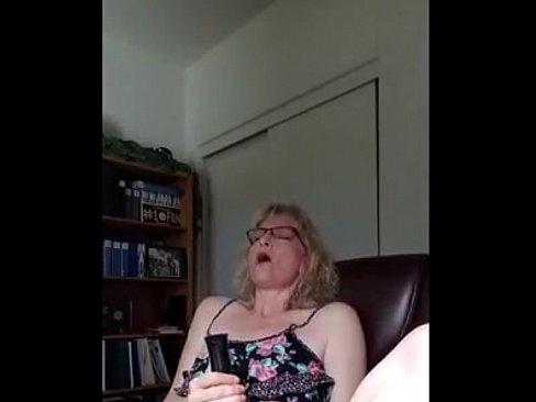 Amateur Girl Watching Porn