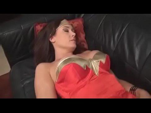 Pelicula porno wonder woman Wonder Woman Vs The Kat Xnxx Com