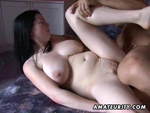 Submissing amateur exotic sex