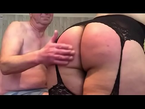 Double blowjob fishnet mistress spy