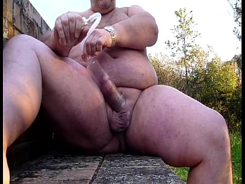 Footjob muscle dp slut