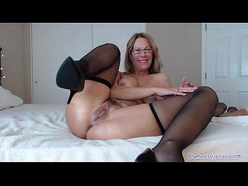 Bbc Anal Camgirl Uses Dildos Mature Milf And Sexy Xnxx Com