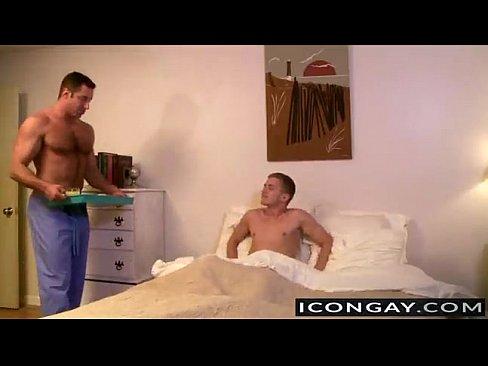 Papi e hijo porno gay Joven Muy Bien Atendido Por Su Padre Porn Tot