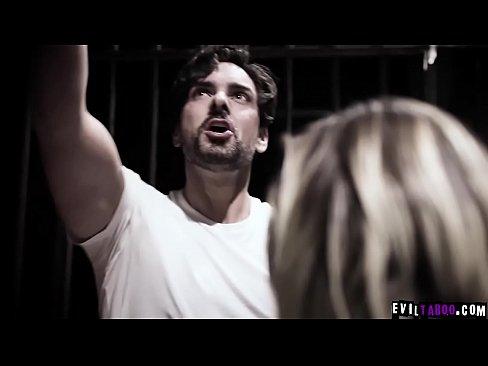 Pelicula porno español otages Strangers Got Hostage And Tricked Into Sex Porn Tot