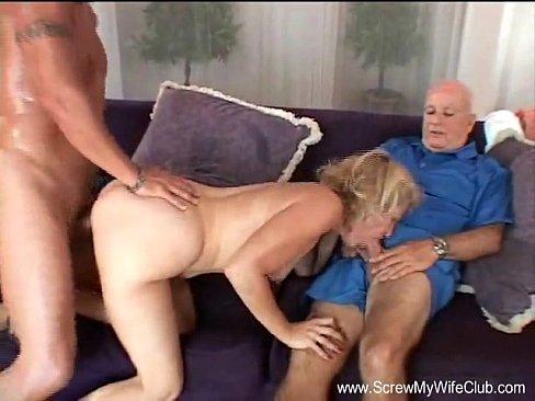 Blond Amateur Housewife Swinger MILF