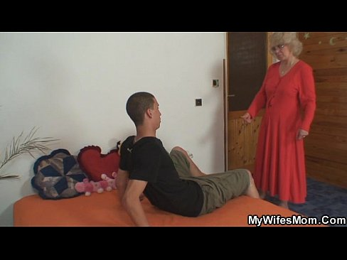 Fucking plumper finds busty him with wife with