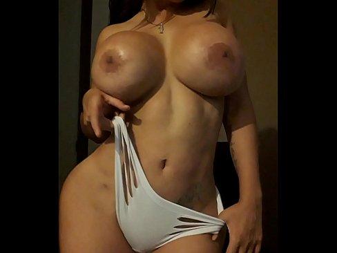 Latinas culonas y chichonas