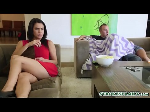 Secretly Fucking Girl While Watching Tv In Three Xnxx Com