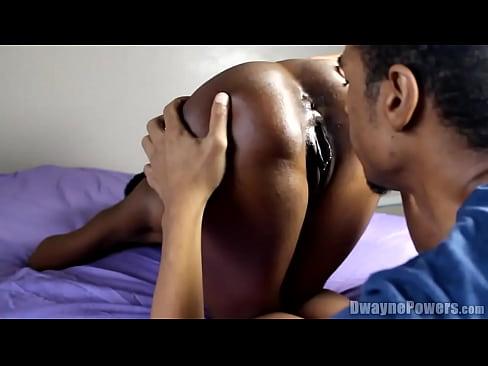 Close Up Ebony Pussy Eating