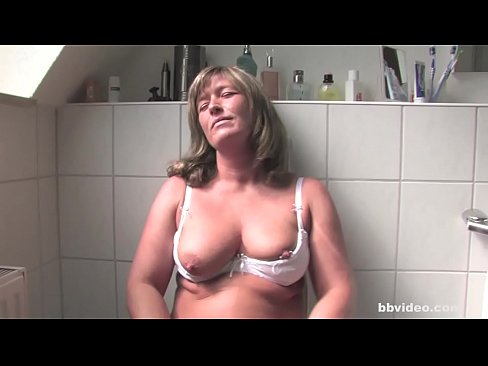 Horny German Gets Her Pussy Licked On The Toilet Xnxx Com