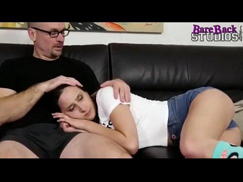 Mi padre me folla porno Quiero Que Mi Padre Me Folle Xnxx Com