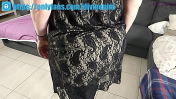 I fuck in the sofa my step mom's huge booty with my big dick!